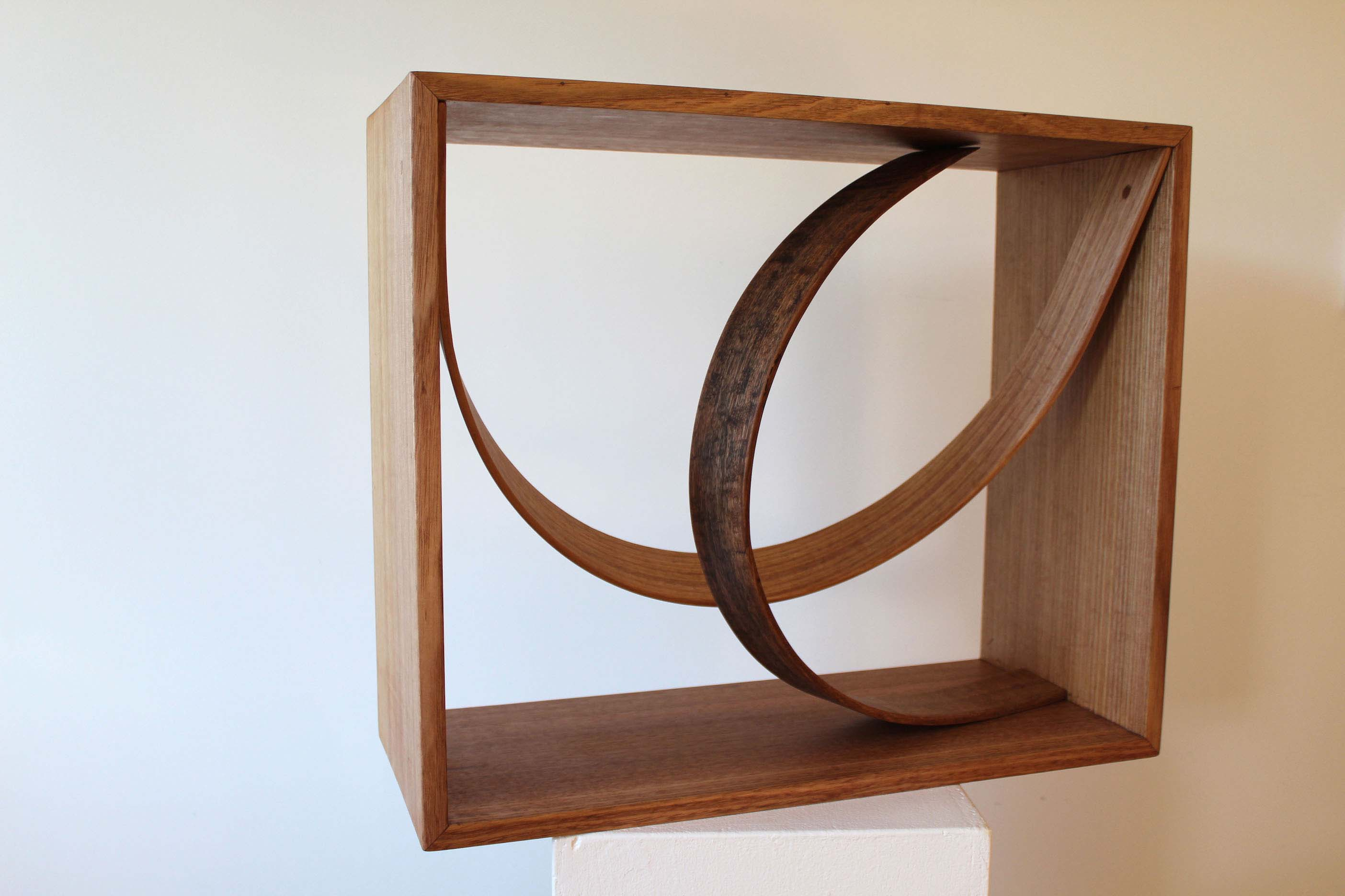 stool,table,sculpture