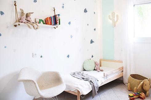 חדר בעיצוב טרופי