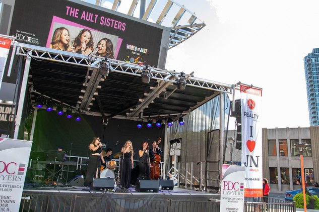 The Ault Sisters, JN Realty Stage