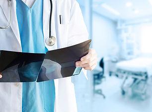 Clínicas Médicas-Médicos Especialistas