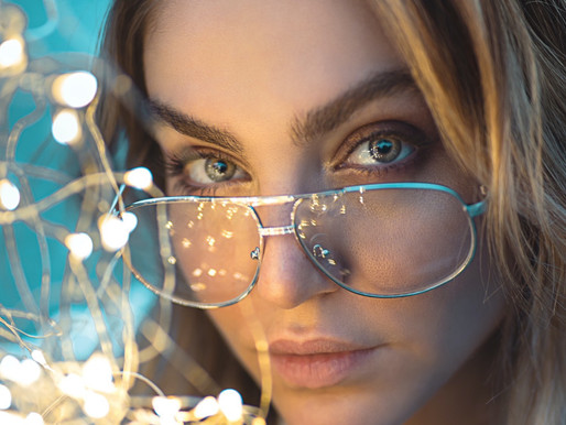 Who Should Wear Blue Light Glasses?
