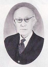 田辺尚雄 (1883~1984).jpg