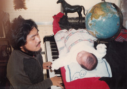 baby on the piano