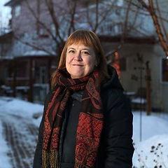 Arthurs-Sarah-Calgary-Herald-1.jpg
