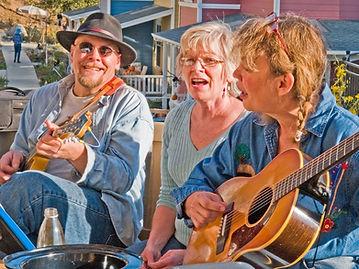 NC-Happy-Seniors-Singing--1024x768.jpg