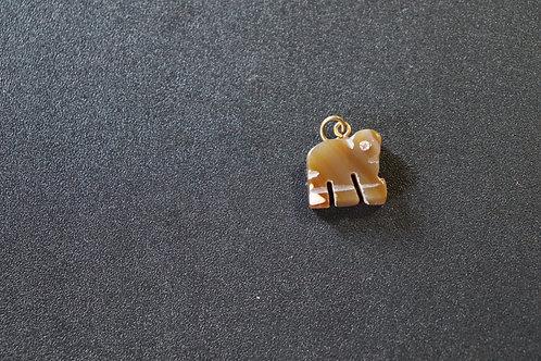 Pingente de Ágata formato elefante