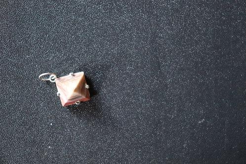 Pingente Turmalina Rosa lapidação em pirâmide