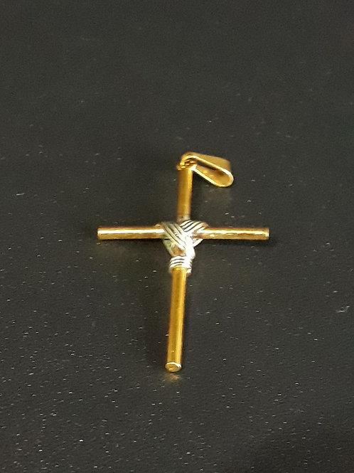 Pingente crucifixo banhado a Ouro e detalhe Prata