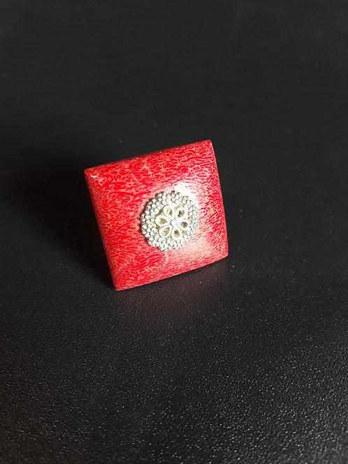 Anel de Coral Vermelho e Prata