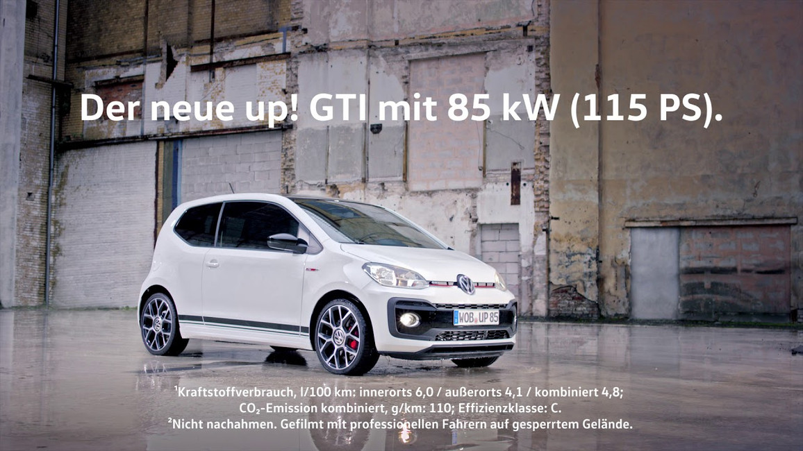 Volkswagen up! GTI: swing stunt