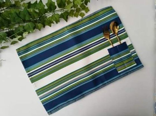 Placemats with Cutlery Holder Set 3