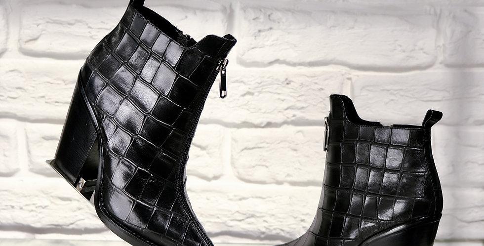 Ботинки Aidini 23