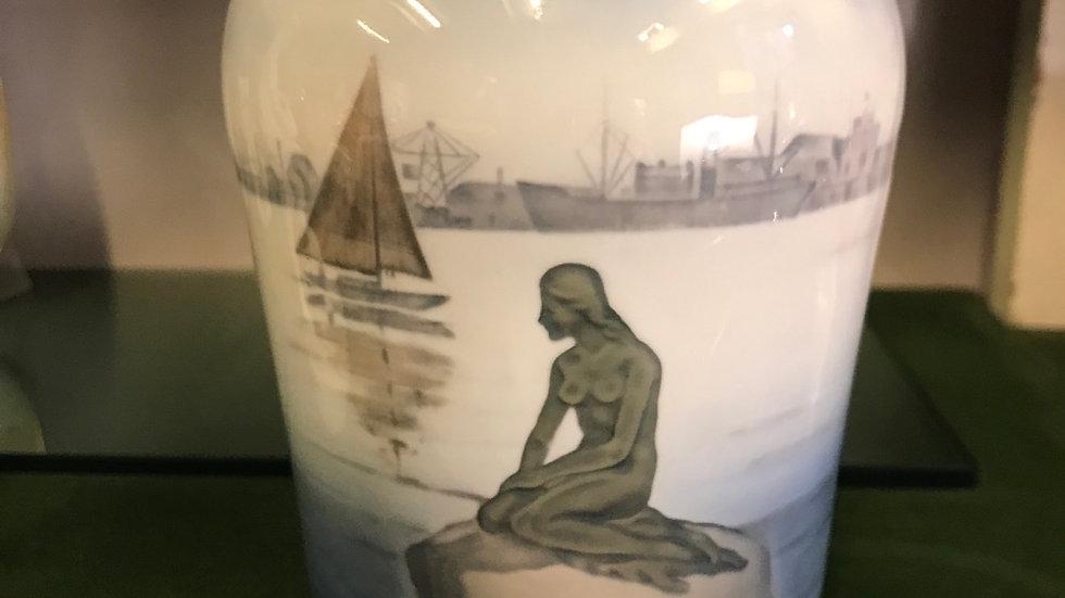 Vaso Royal  Copenhagen cm 18 altezza  diam 9