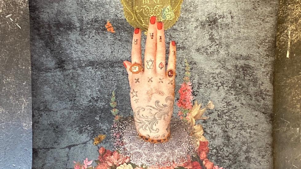Trousse in velluto La mano poderosa