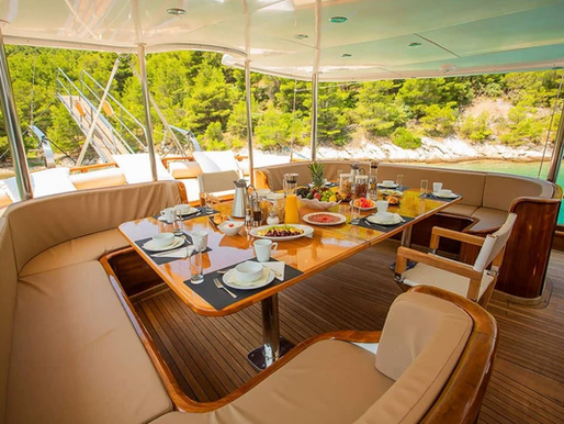 Why charter a gulet during your holiday in Croatia?