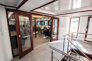 LUPUS MARE_hallway upper deck.jpg