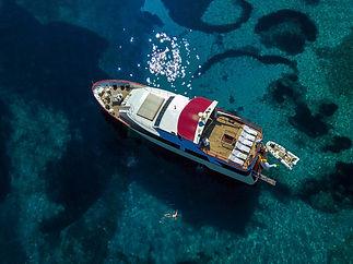Motor_yacht_Korab_41.jpg