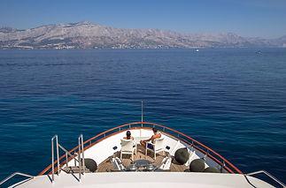 Motor_yacht_Korab_16.jpg