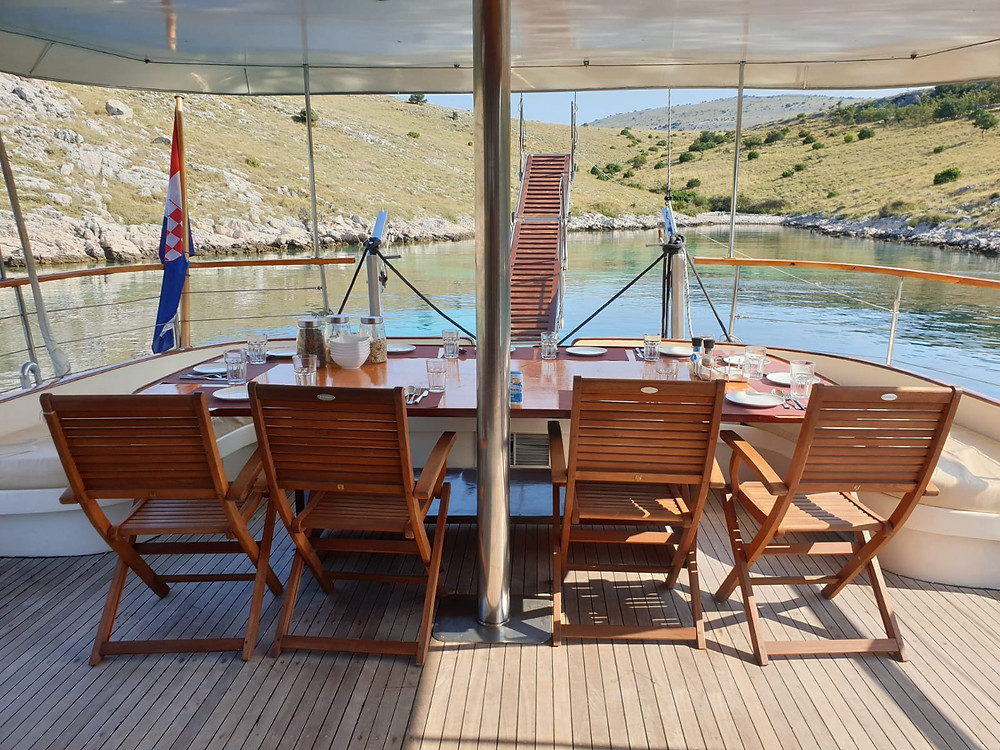 Meals with a view on gulet Vito.
