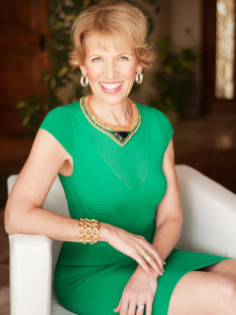MARI SMITH - Featured Guest