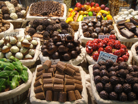 Holiday treats can fit into a healthy eating plan