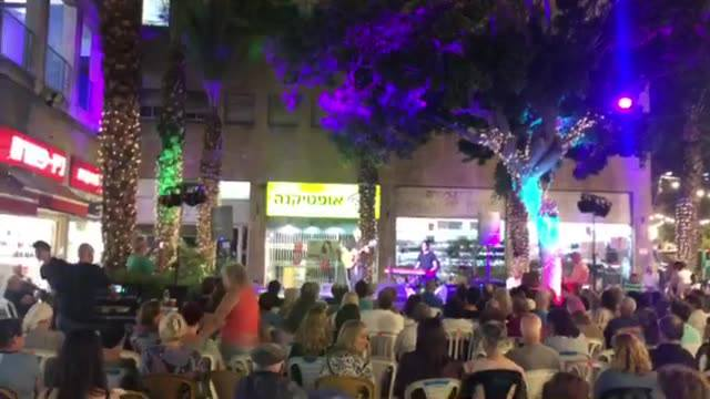 חנן יובל - בית הקרנות חיפה