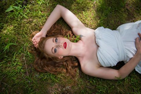 Maquillage de mariée glamour Maquilleuse professionnelle Geneve Annecy