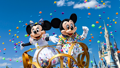 mickey minnie parade.png