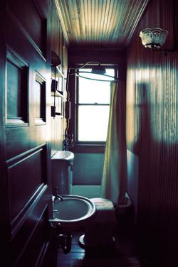 Theodore Roosevelt's Bathroom-Sagamore Hill_4851920650_l.jpg