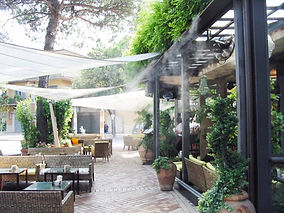 brumisation restaurant.jpg