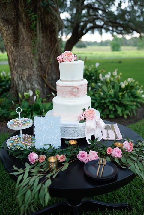Alessi's wedding cake