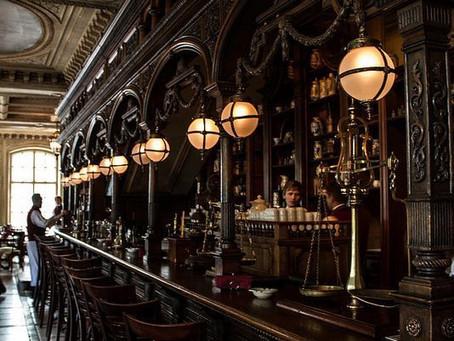 Aménagement d'intérieur de pub