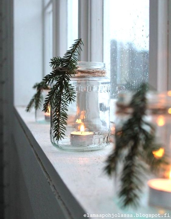 9 DIY Christmas decoration ideas for that dream sustainable home look. All the ideas listed below are not only easy to make whilst so aesthetically pleasing... but also made of natural products only.