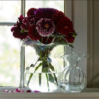 Vietri Medium Hibiscus Vase