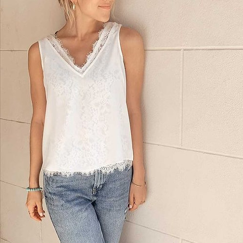 SKIES ARE BLUE - Lace Lined Tank