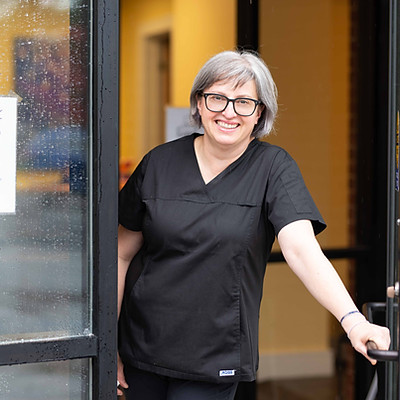 Dr. Anna
