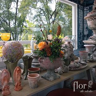 Arreglo floral estilo vintage otoñal.