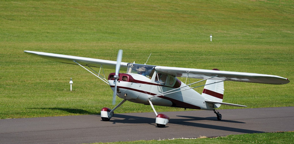 Cessna 140 Taxiing Staggerwing Ln