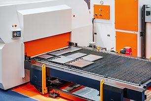cnc-turret-punch-press-machine-F9ZLYDA.j