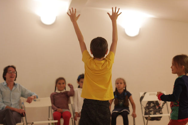10 причит отдать ребенка в театральную студию, тетралье студии москвы