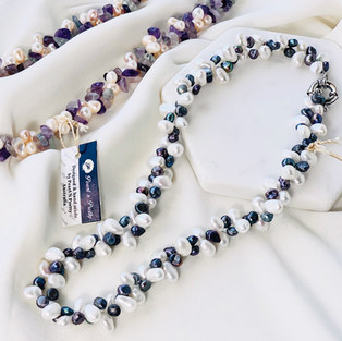 Twist Pearl Necklace