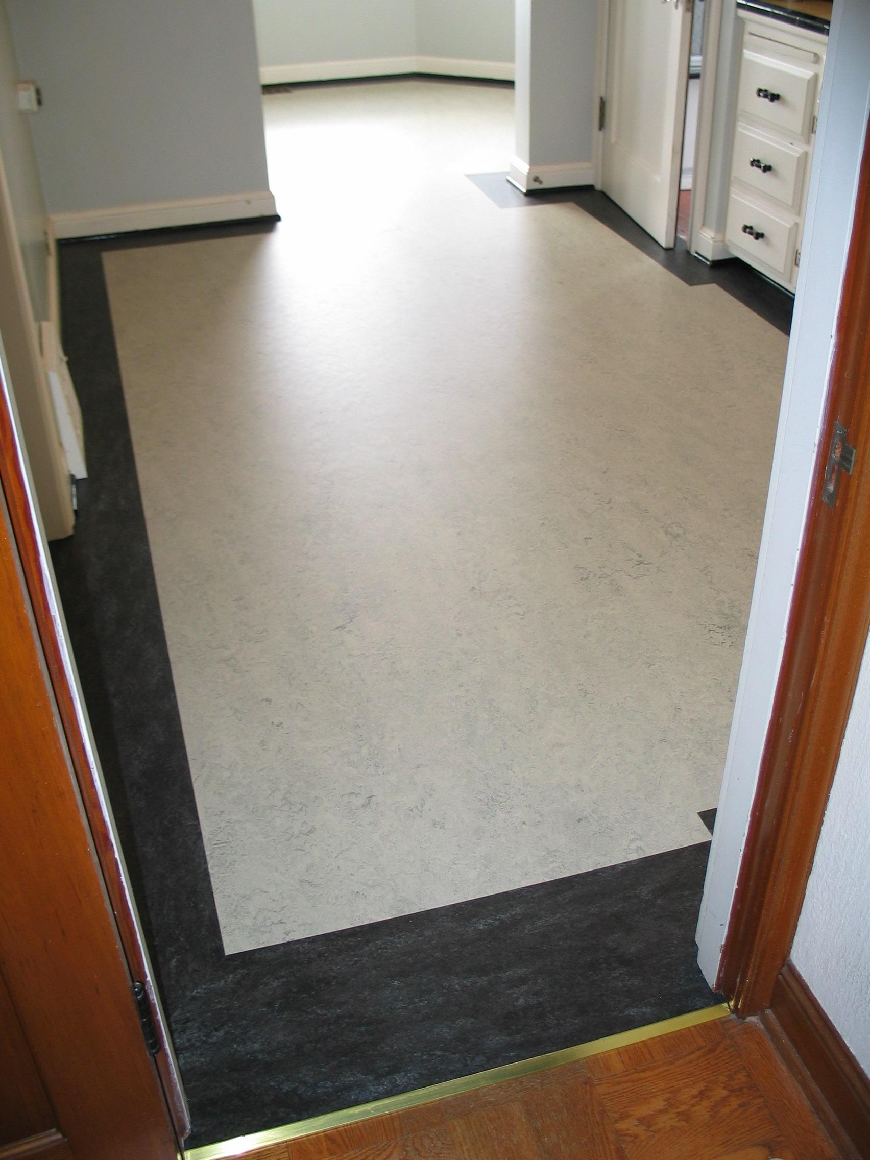 Marmoleum kitchen border classic