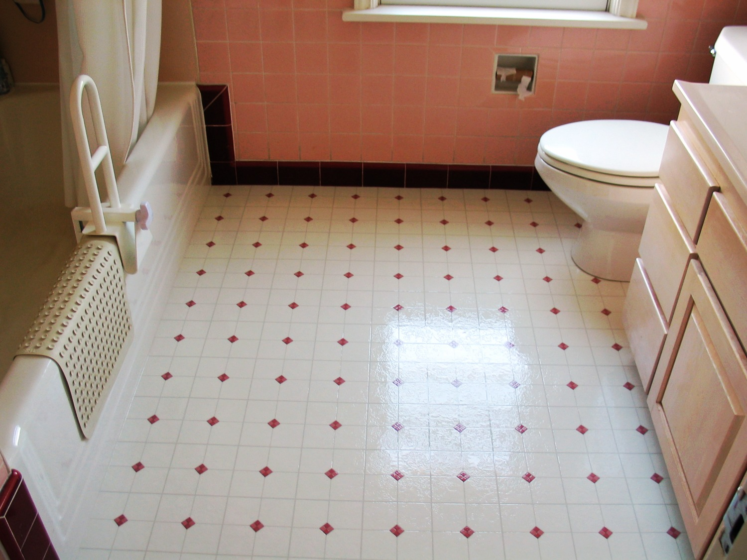 vinyl floor install bath seattle