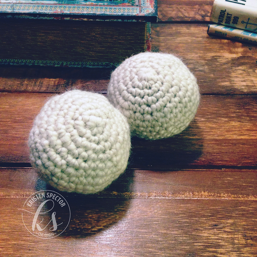 100 Crafty Days, Day 18 Felted Wool Dryer Balls