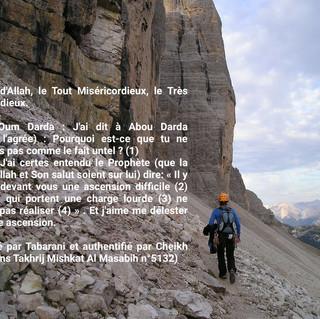 mountaineer-56693_1920.jpg