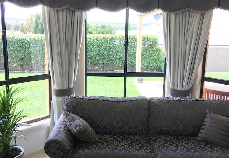curtains-n-valance.jpg