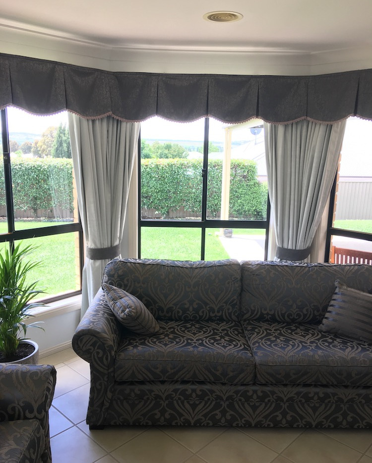 curtains-n-valance.jpg