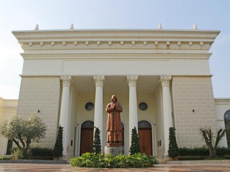 Gereja Sebagai Rumah Pelayanan Umat Beriman