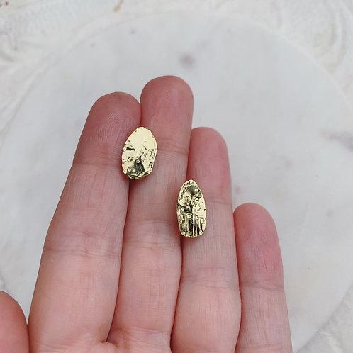 PUPEN Leaf Stud Earrings