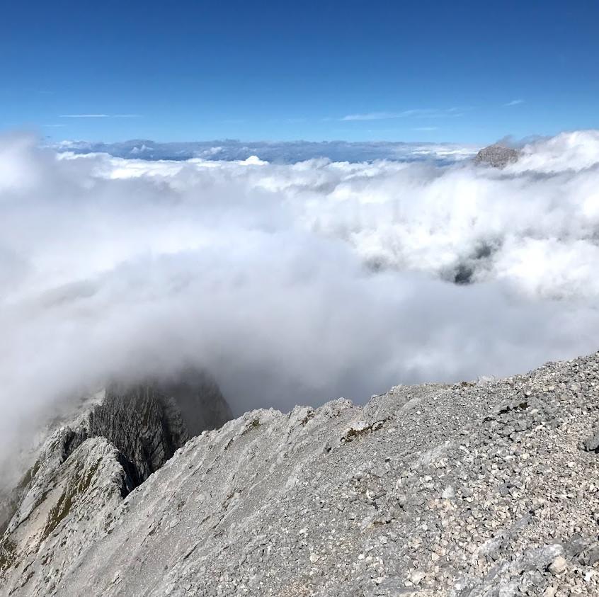 Z vrha - greben in Montaž v ozadju
